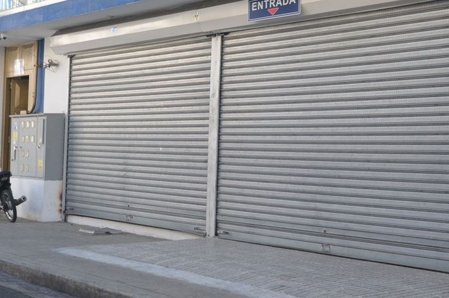 persianas metalicas 1 - Persianas de seguridad para locales comerciales: modelos, acabados y todo cuanto has de saber