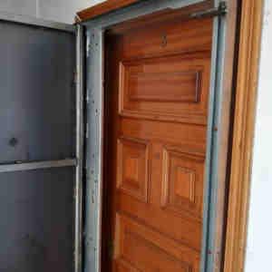 woo1 300x300 - Puertas Antiokupa con Servicio de Instalación